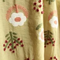 M.&KYOKO 立体的な可愛い刺繍模様