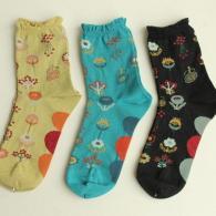 M.&KYOKO 可愛いお花柄の靴下はいかがですか?¥3190(税込み)