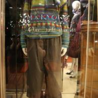 M.&KYOKO 可愛いセーターとパンツの組み合わせです♪ともに¥31900(税込)