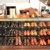 シューズのオーダーはいかがですか?オーダーシューズ¥37,800(税込) etc... おしゃれは靴ではじまり靴で終わります。