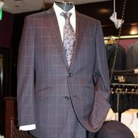 RICHARD JAMES スーツ¥85,320(税込) ネイビーのウィンドペンがモダンな一着。しなやかな薄手で3シーズンお召しになれます。