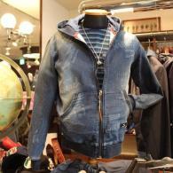 barassi MODAパーカー¥27,000(税込)ダメージデニム風で軽~い着心地。同素材パンツもご用意しています。