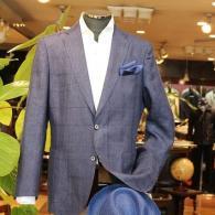barassiジャケット¥63,720(税込)生地は麻100%のイタリー製。赤いペイズリー柄の裏地は店内でご覧ください。
