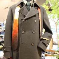 RICHARD JAMESコート¥99,000+tax オリーブグリーンがオシャレなミリタリー・ドレス。