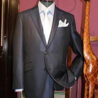 RICHARD JAMESスーツ¥97,900税込 シルクウールの輝きが美しい、ここぞという時の一着に。