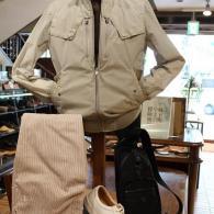 orobiancoブルゾン¥42,900 羽のように軽いライダーズ風デザイン。夏まで着れるスポーティな一着です。