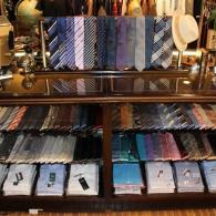 ネクタイ売場を新しくしました。国産ネクタイ¥7,480~、イタリー製生地使用¥9,680